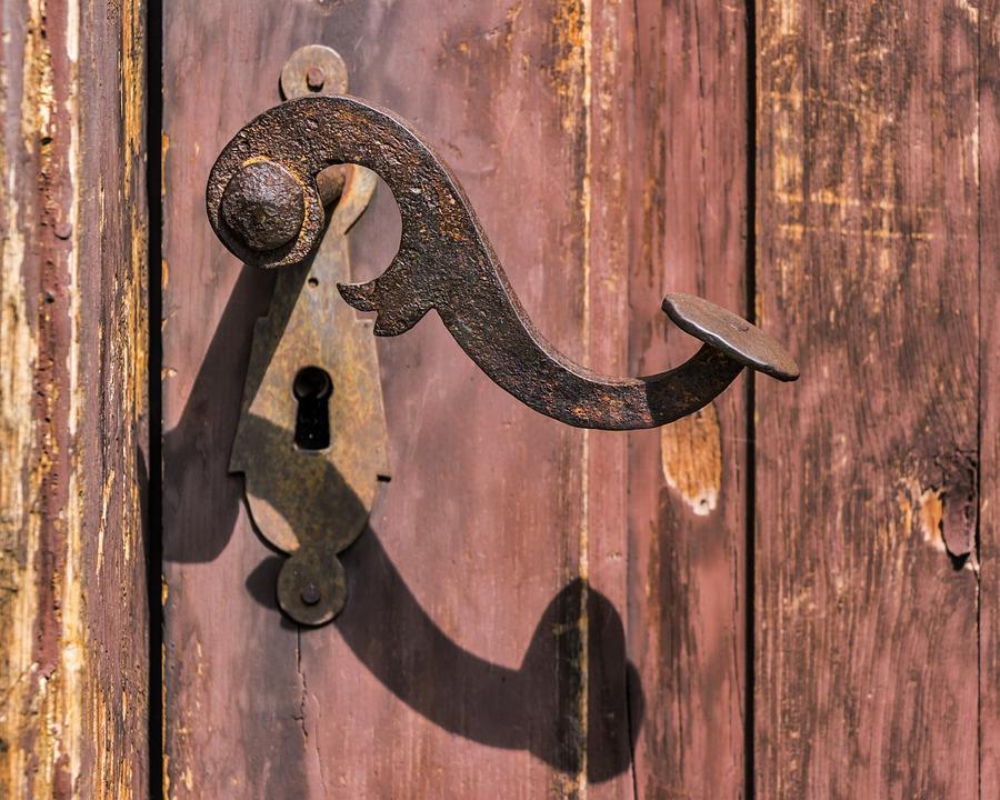 Le vendite porta a porta servono ancora?