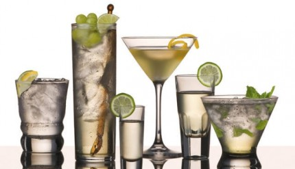 Bere alcolici aumenta il rischio di tumore